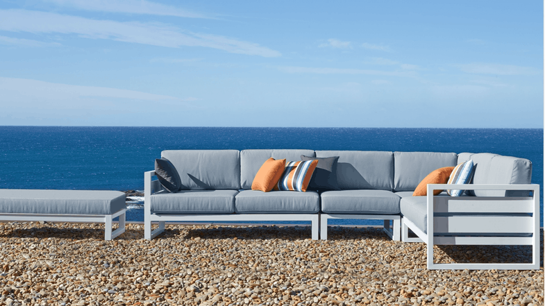 Retreat modular sofa